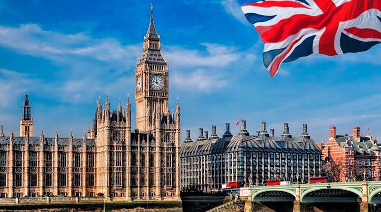 Главы заморских территорий Великобритании отказываются создавать публичные реестры