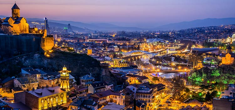 обзор лучших ночных клубов Тбилиси