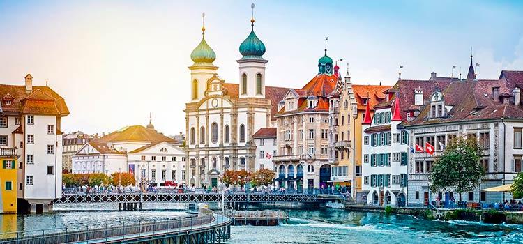 Швейцария лидирует в списке стран по объему капитала