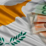 Операции с наличными более 10 000 евро на Кипре вне закона! Плюс ЕК видит фискальные риски