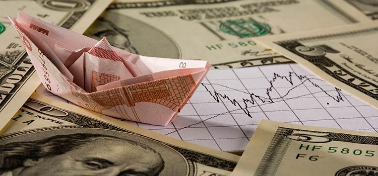 Объём ликвидной валюты у банков сократился за месяц в 5 раз