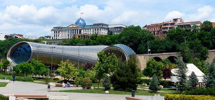 компания в СИЗ Тбилиси