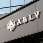 ABLV Bank требует от полиции расследовать факты клеветы на банк и сектор финансов Латвии