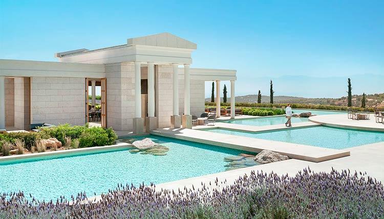 инвестировать в брендированную недвижимость в Греции
