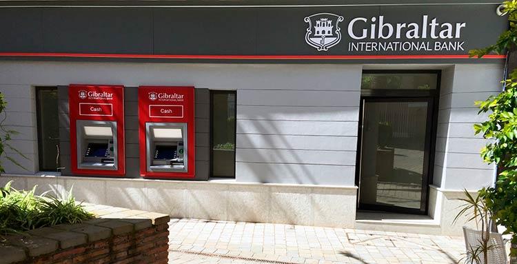 счет в банке Гибралтара