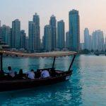 Иммиграция в ОАЭ в 2018 году. Сколько стоит проживание в ОАЭ? Кто и сколько зарабатывает?