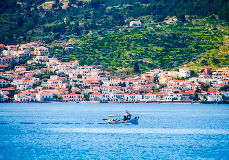 ВНЖ Греции при покупке недвижимости