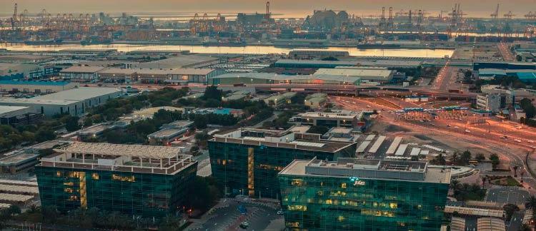 Регистрация компании в Дубае в 2019 году в свободной зоне Jebel Ali. Вопросы дорожного движения в свободной зоне