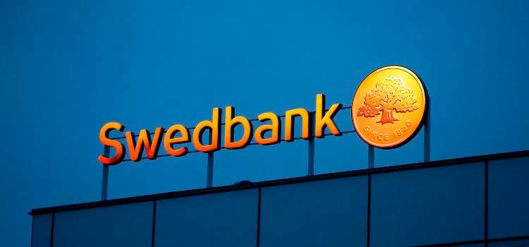 Филиалы Swedbank в Балтии попали под подозрение