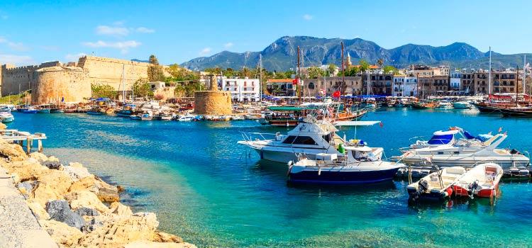 Кипрские банки увеличивают стоимость обслуживания счетов
