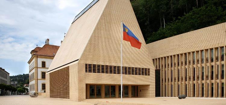 Лихтенштейн создает реестр бенефициаров.