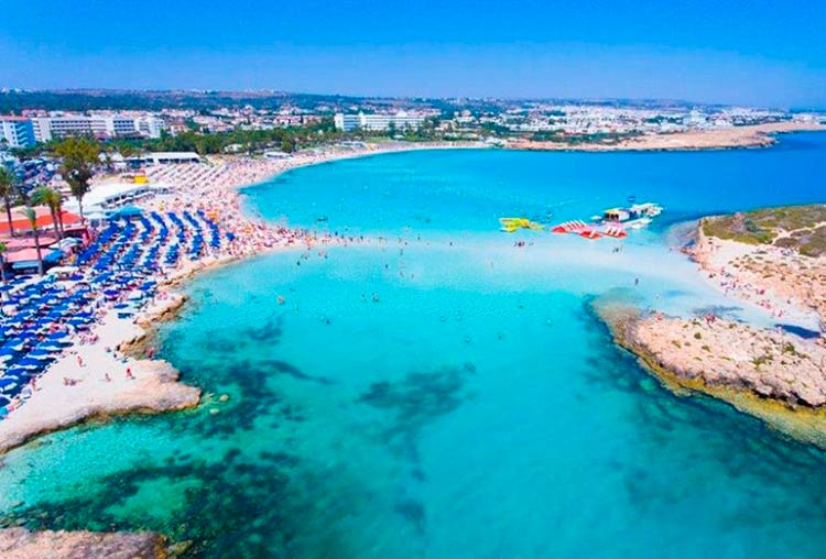 Кипр предлагает своим жителям и гостям качественные пляжи
