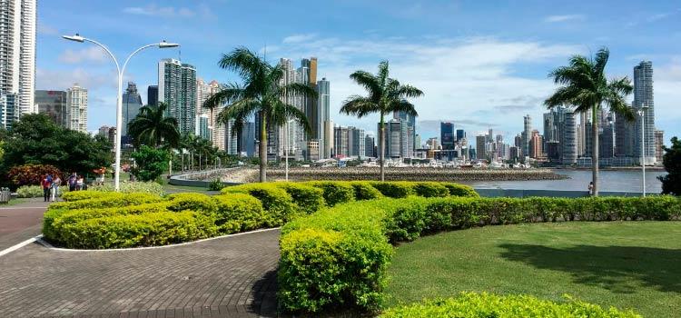 Зарегистрировать в Панаме компанию