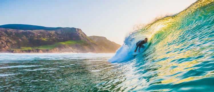 Оформляем ВНЖ за недвижимость Португалии и занимаемся там серфингом
