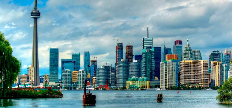Онтарио привлекает иммигрантов со всего мира