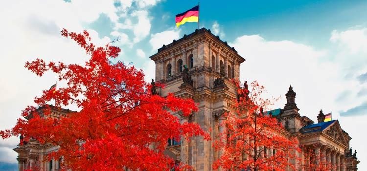 в Германию на ПМЖ экспатам для работы