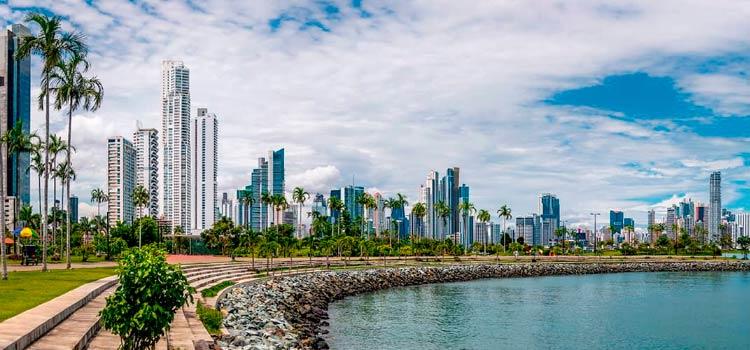 Иммиграция в Панаму