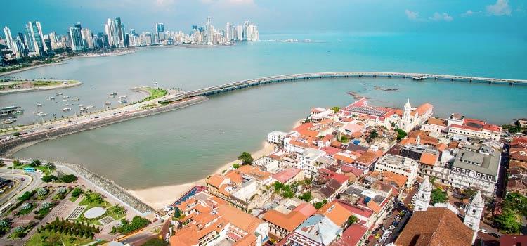Получая резидентство Панамы