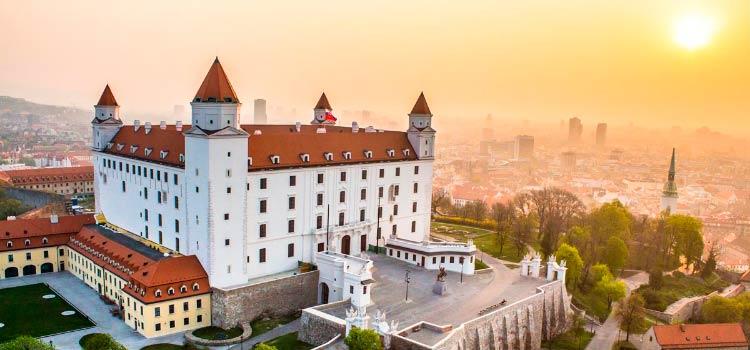 получения шенгенской визы в Словакию