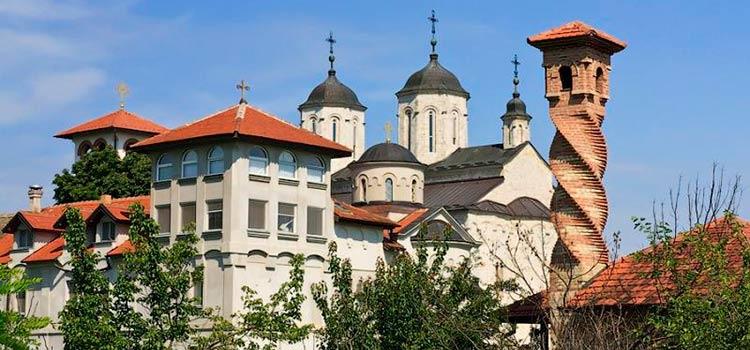 в тур по монастырям Сербии