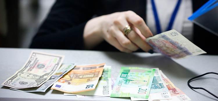 Оффшор не только для богатых: как открыть счет в иностранном банке простому физическому лицу