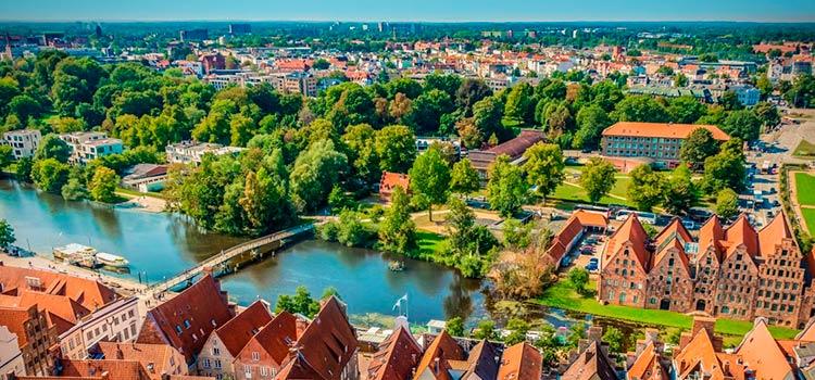 переезд на ПМЖ в Германию в Любек