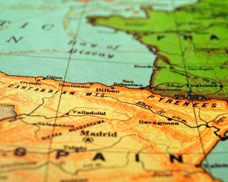 ВНЖ Испании: недвижимость или альтернативы?