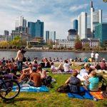 Поздние переселенцы в Германии: получению статуса во Франкфурте — от 1500 EUR
