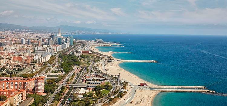 Как выбрать и снять квартиру в Испании? Важные условия, критерии и правила оформления договора аренды