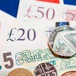 Налоговиков Великобритании завалили наводками на граждан, которые могли вывести деньги за рубеж
