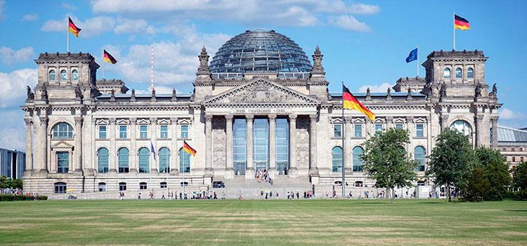 Власти Германии решили улучшить систему борьбы с отмыванием денег