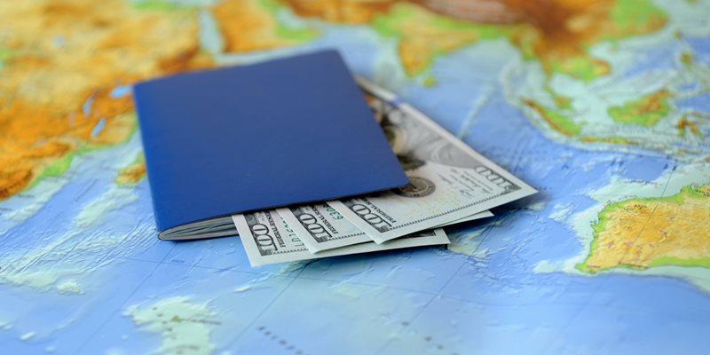 переехать жить за рубеж и золотая виза