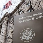 Служба внутренних доходов Америки обновляет список банков, содействующих уклонистам
