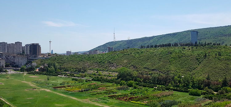 земли для жилого комплекса в Тбилиси