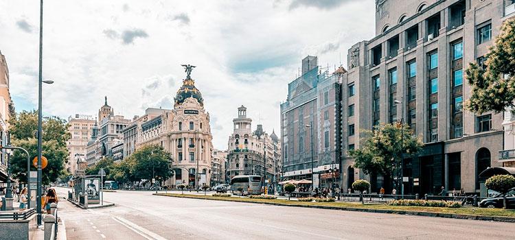Оформить ВНЖ в Испании — от 3000 EUR