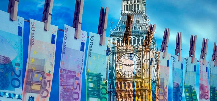Великобритания занимает активную позицию в борьбе с отмыванием денег