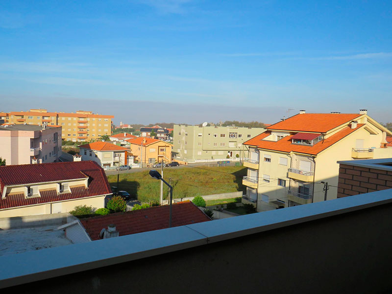 Недвижимость в Португалии: отличная квартира с видом на море в Порто – 375000 EUR