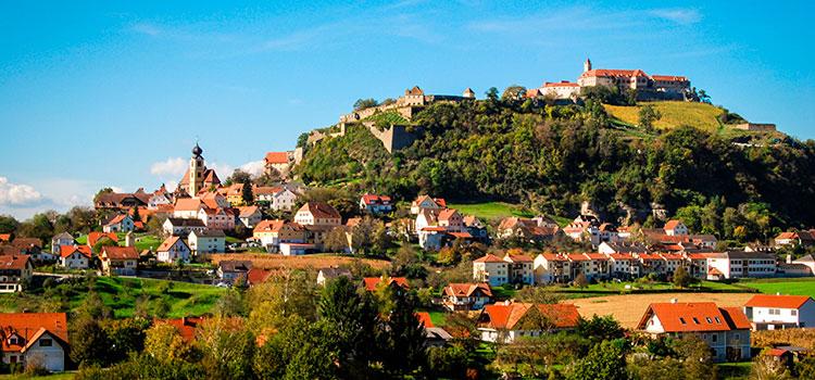 Купить отель в Штирии у подъемника на склоне (Австрия) — от 1 000 500 EUR
