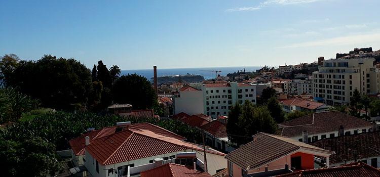 «Золотая виза» Португалии: «горящая» недвижимость с видом на море в Мадейре — от 180 000 EUR