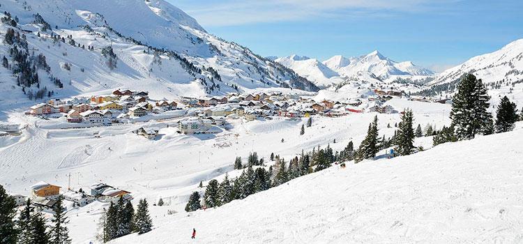 Купить апарт-отель в Обертауерне на горнолыжном склоне (Австрия) — от 1 600 000 EUR