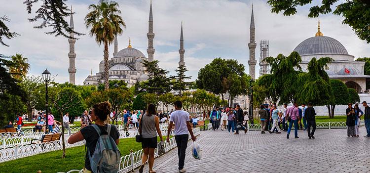 Туристический ВНЖ в Турции в 2020 году – как продлить по новому закону