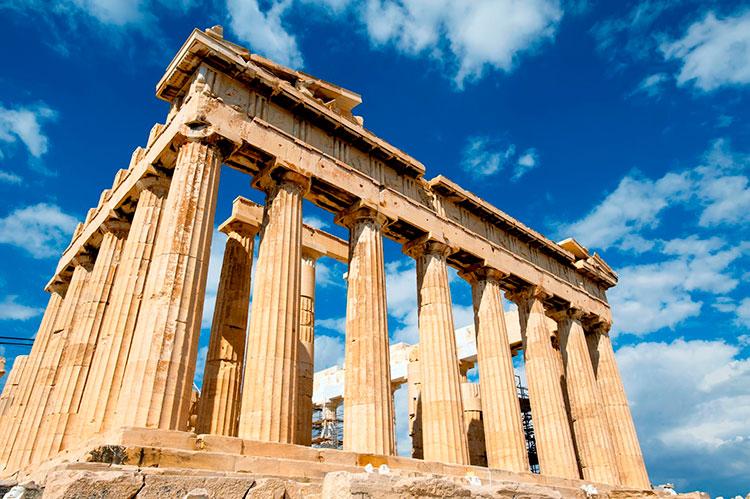 Греции уже выдало более 18,6 тыс внж золотых виз