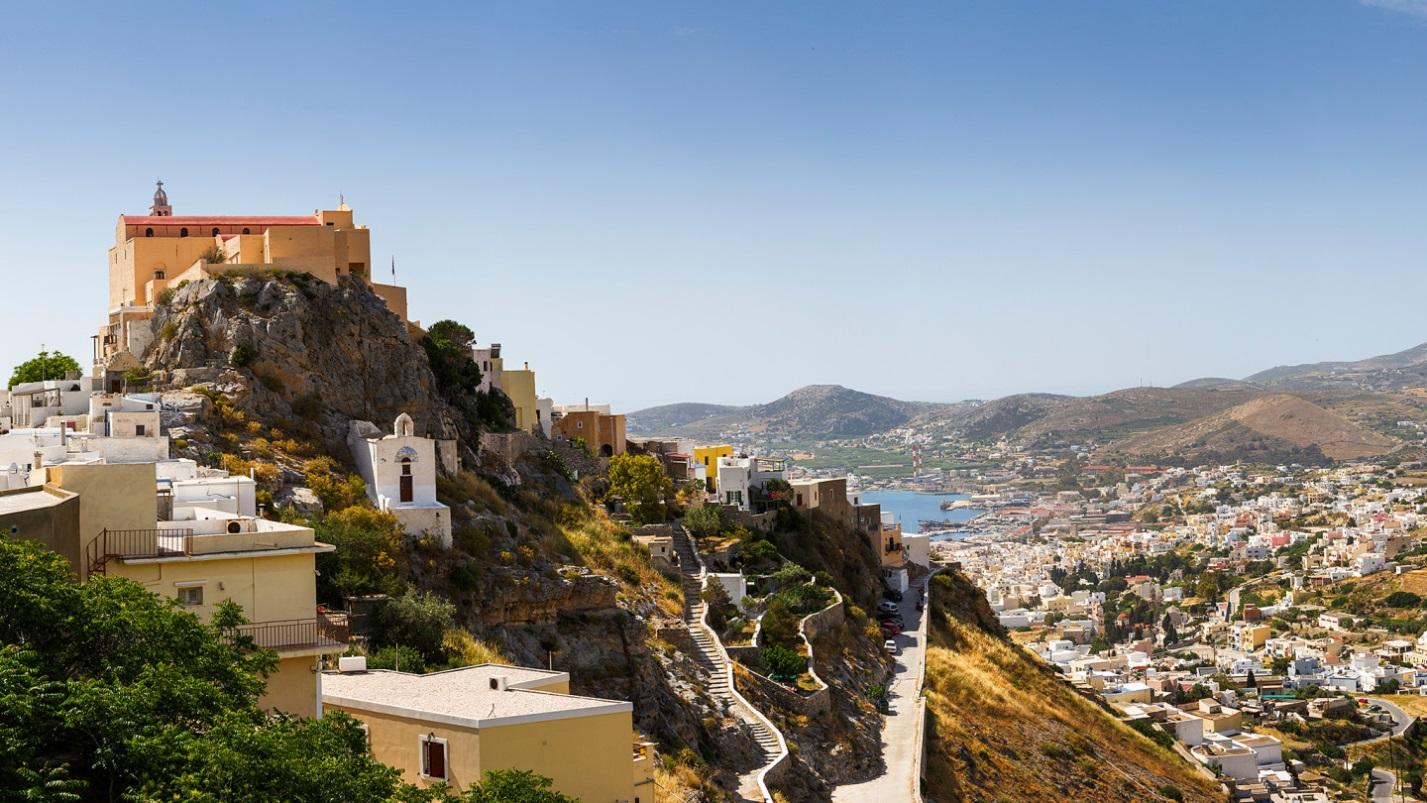 ВНЖ в Греции 2020: прием заявок приостановлен до 10 апреля