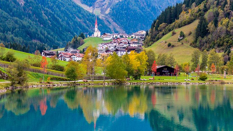 Купить трёхзвёздочный отель в Тироле на 35 номеров (Австрия) — от 3 300 000 EUR