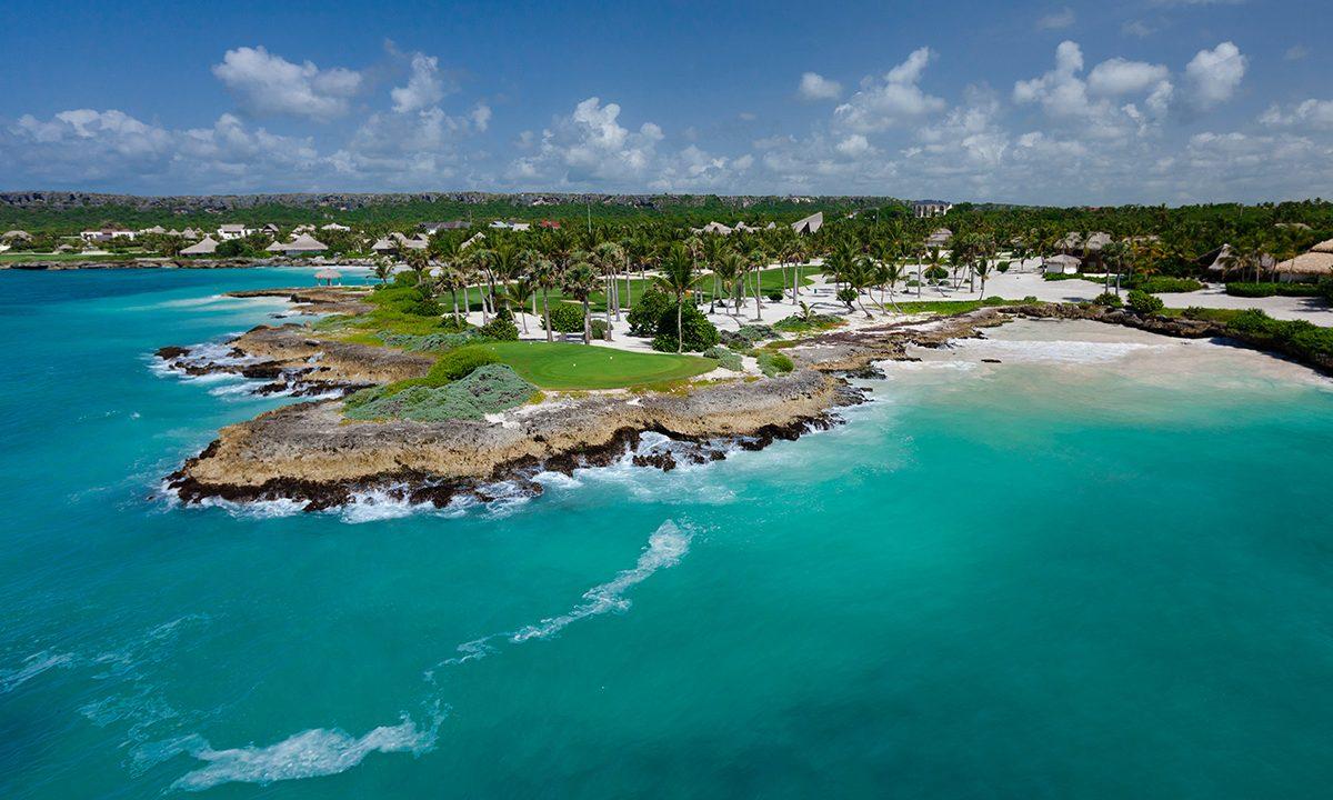 границы Доминиканы открыты для иностранцев