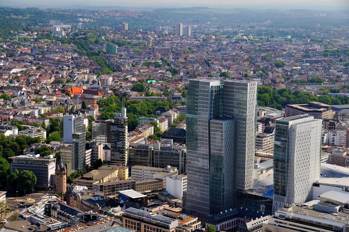 открыть GmbH и получить право на оформление ВНЖ