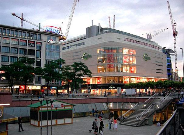Купить коммерческую недвижимость в Германии — новый торговый центр — 27 100 000  EUR