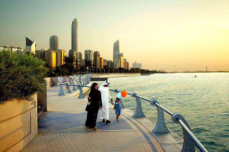 Как получить визу ОАЭ для ребенка в случае, если спонсором является его мать?