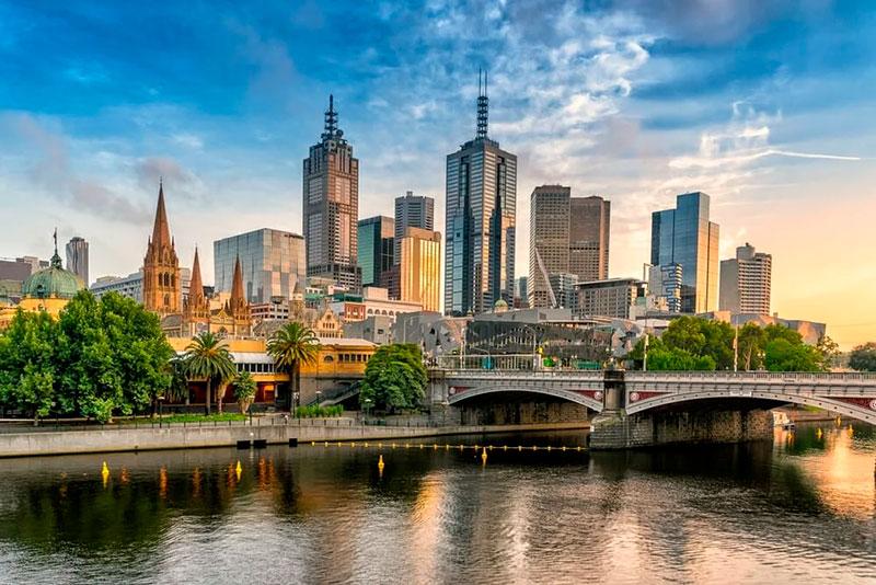 Переехать в Австралию