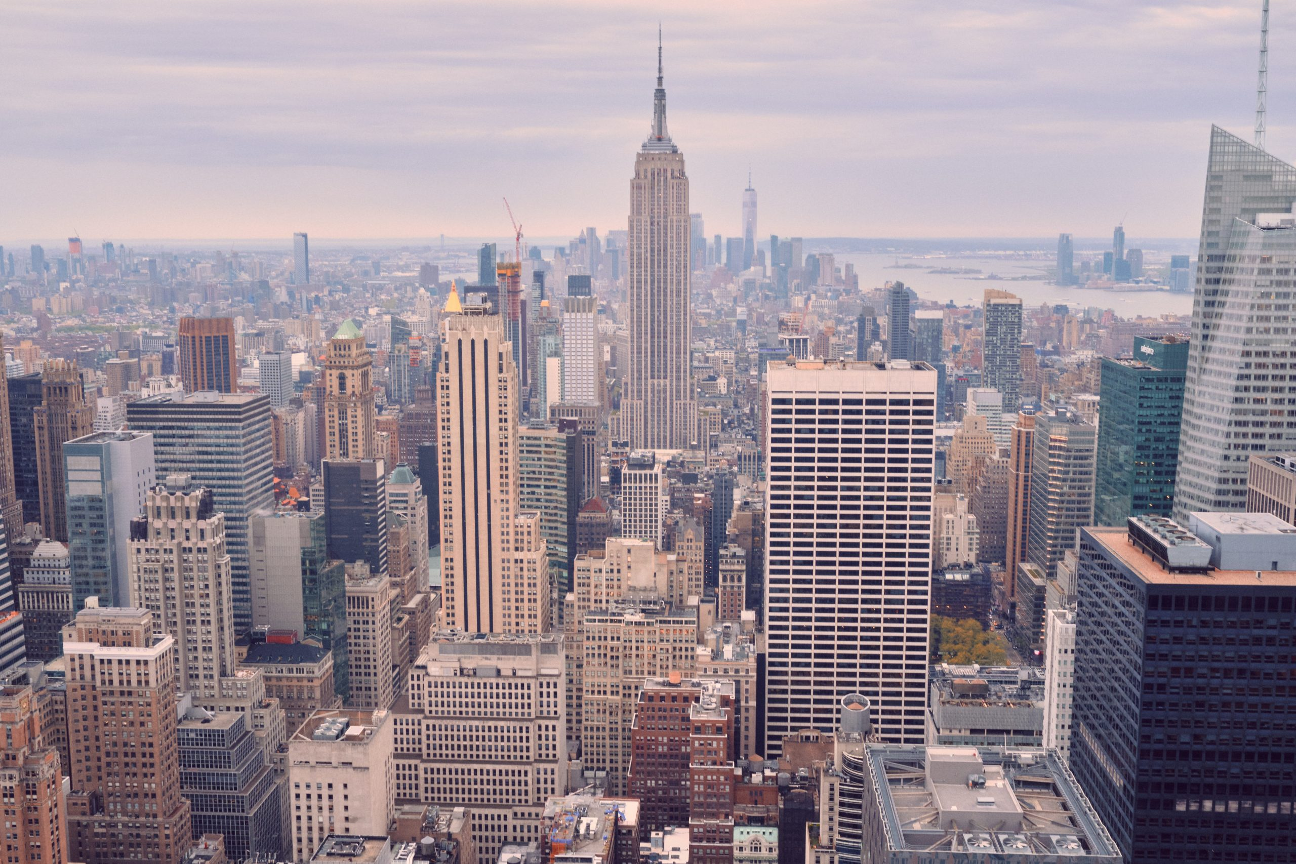Для чего нужна компания и бизнес в США? Как открыть компанию в США?